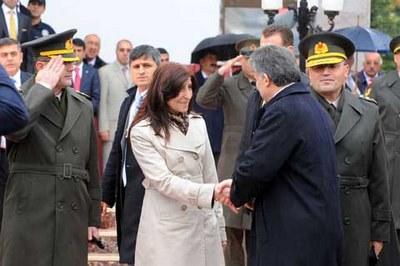 president-gul-visits-tunceli-11.1257681997.jpg