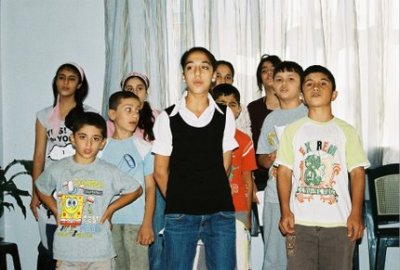 Cours de chant à Diyarbakir (photo anne guezengar)