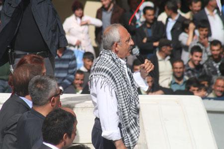 kemal Kiliçdaroglu, meeting à Hakkari (mai 2011)
