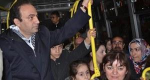 Baydemir emprunte l'autobus municipal Urfa