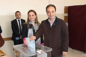 osman Baydemir bureau de vote Urfa