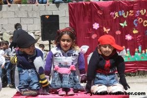 Semdinli 24 avril fête des enfants théâtre
