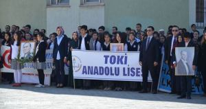 Yüksekova fête des enfants 23 avril TOKI Atatürk