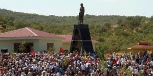 Inauguration d'une statue de Mahsum Korkmaz, Lice, 15août 2014