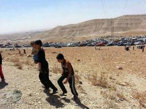 Yézidis fuyant l'avancée EIIL Sinjar 3 août 2014