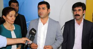 Selahattin Demirtas et Bekir Kaya, maire de Van