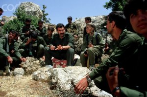 Abdullah Öcalan avec ses guerillas PKK (date et lieu inconnus)